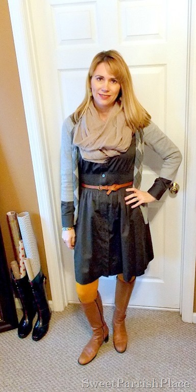 grey dress with mustard tights and brown boots1