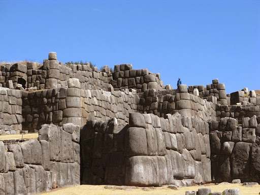 The Walls of Sacsayhuaman | Amusing Planet