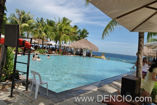 Crimson Resort and Spa Mactan 24