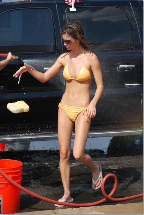 best-bikini-carwash-11