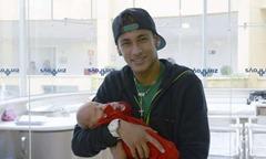 candinha - 04 - Neymar e o filho