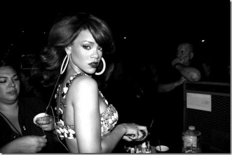 Rihanna Rihanna Facebook Pics qxDQpvBLD0ql