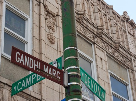 Devon Aveue Gandhi Marg street sign