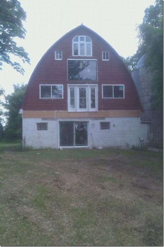 Transformando um celeiro antigo em casa (19)