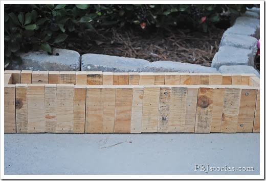 natural colored pallet box frame