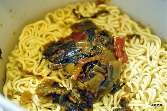 統一老壇酸菜牛肉麵(酸菜)