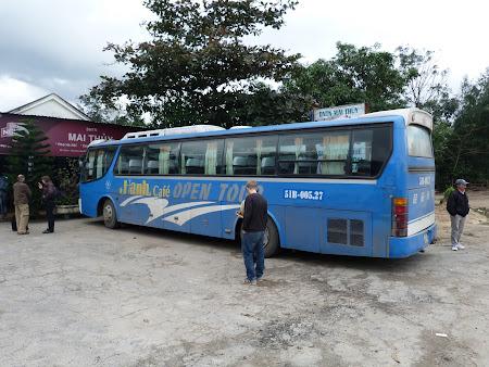 97. autobuz Vietnam.JPG