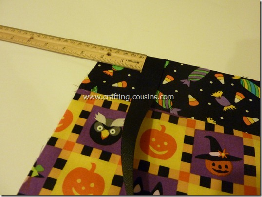 Trick or Treat bag tutorial by Crafty Cousins (12)