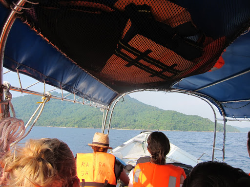 Approaching Perhentian Kecil on the inbound speedboat.