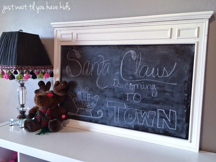 Christmas-Playroom-Chalkboa