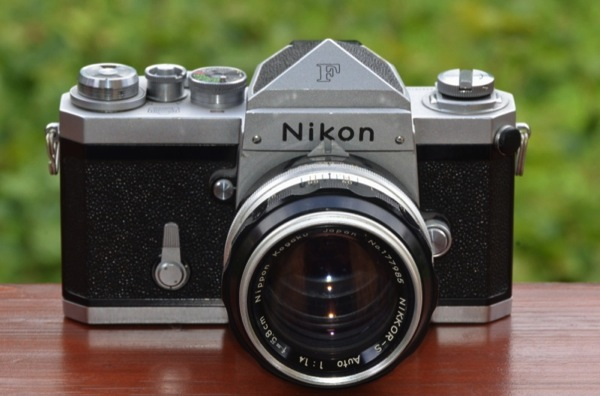 CC Photo Google Image Search Source is upload wikimedia org  Subject is Nikon F SLR camera with NIKKOR S Auto 1 4 f=5 8cm