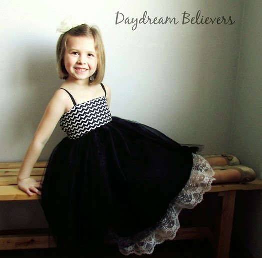 This would be the PERFECT Flower Girl Dress from Daydream Believers Designs! Gorgeous, modern, handcrafted clothing for girls. Swoon!