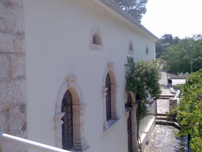 Πανηγύρι και Θεία Λειτουργία στα Φερεντινάτα (14 και 15 Αυγούστου 2012)