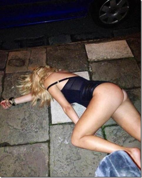 drunk-women-party-47