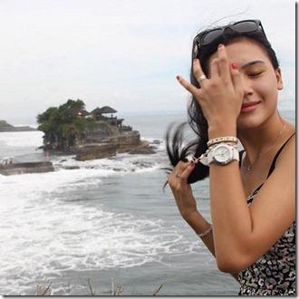 gambar terkini erin malek di Bali Indonesia 1