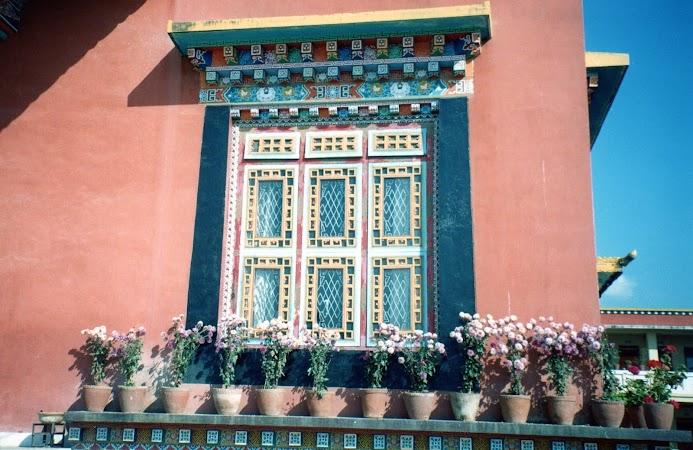 Obiective turistice Nepal. templu tibetan.jpg