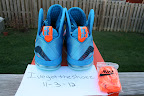 nike lebron 9 ps elite lebron pe china 3 02 Closer Look at Nike LeBron 9 P.S. Blue Flame and Tennis Balls PEs