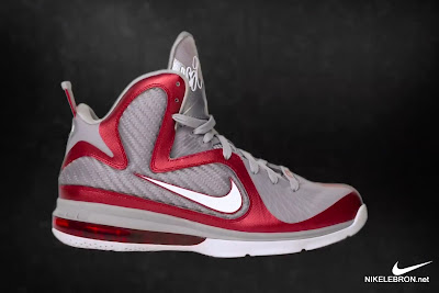 nike lebron 9 gr ohio state grey 1 06 LEBRON 9: Shoe Science Position Video. Ohio State 9s Unveiled.