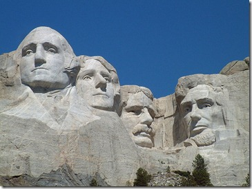 800px-Mount_Rushmore_National_Memorial