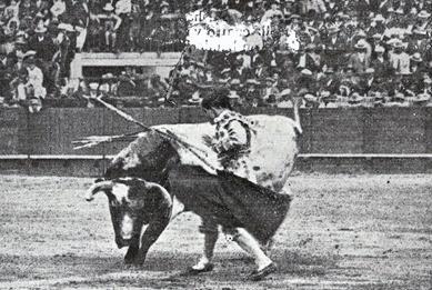 1914-04-21 Sevilla (p. SyS) Belmonte en el tercero