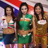 philippine transport show 2011 - girls (28).JPG