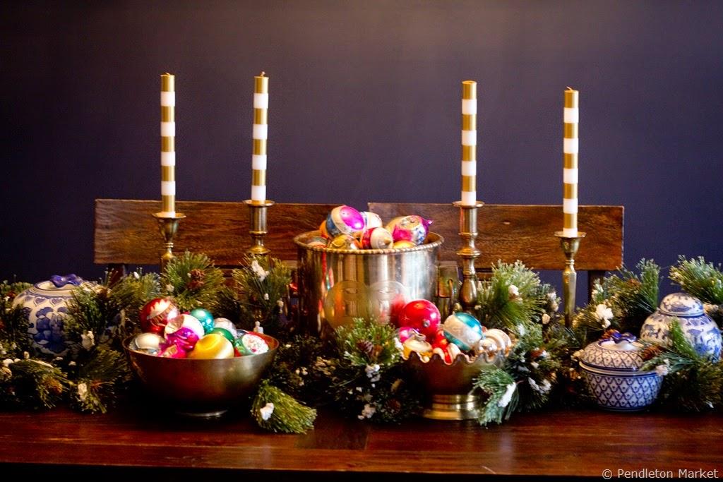 [Christmas2014_DiningRoom-9%255B6%255D.jpg]
