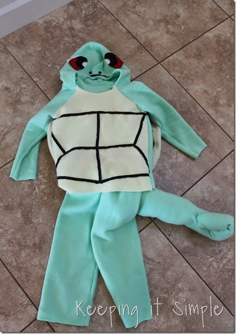DIY Pokemon Squirtle Costume (12)