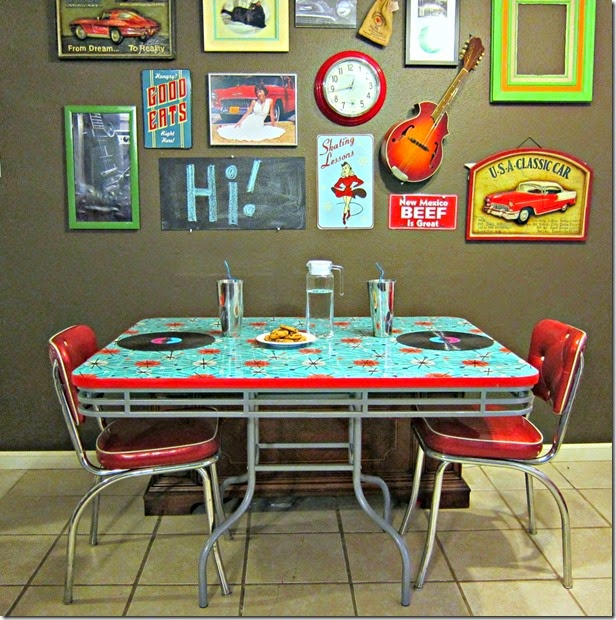 Condo blues refinished retro 50 s diner table and chairs for 50s diner style kitchen