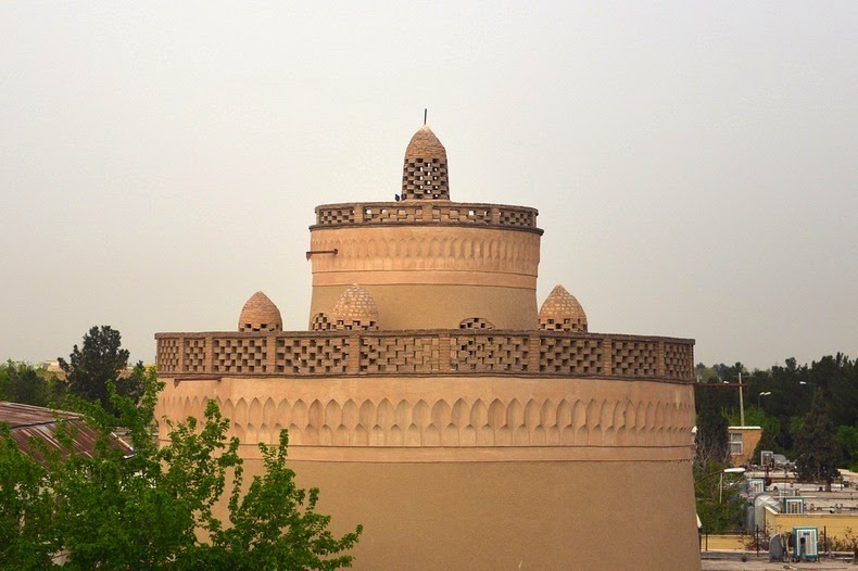 pigeon-towers-iran-3