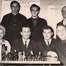 Працівники-шахового-клубу.-1960-х-років.jpg