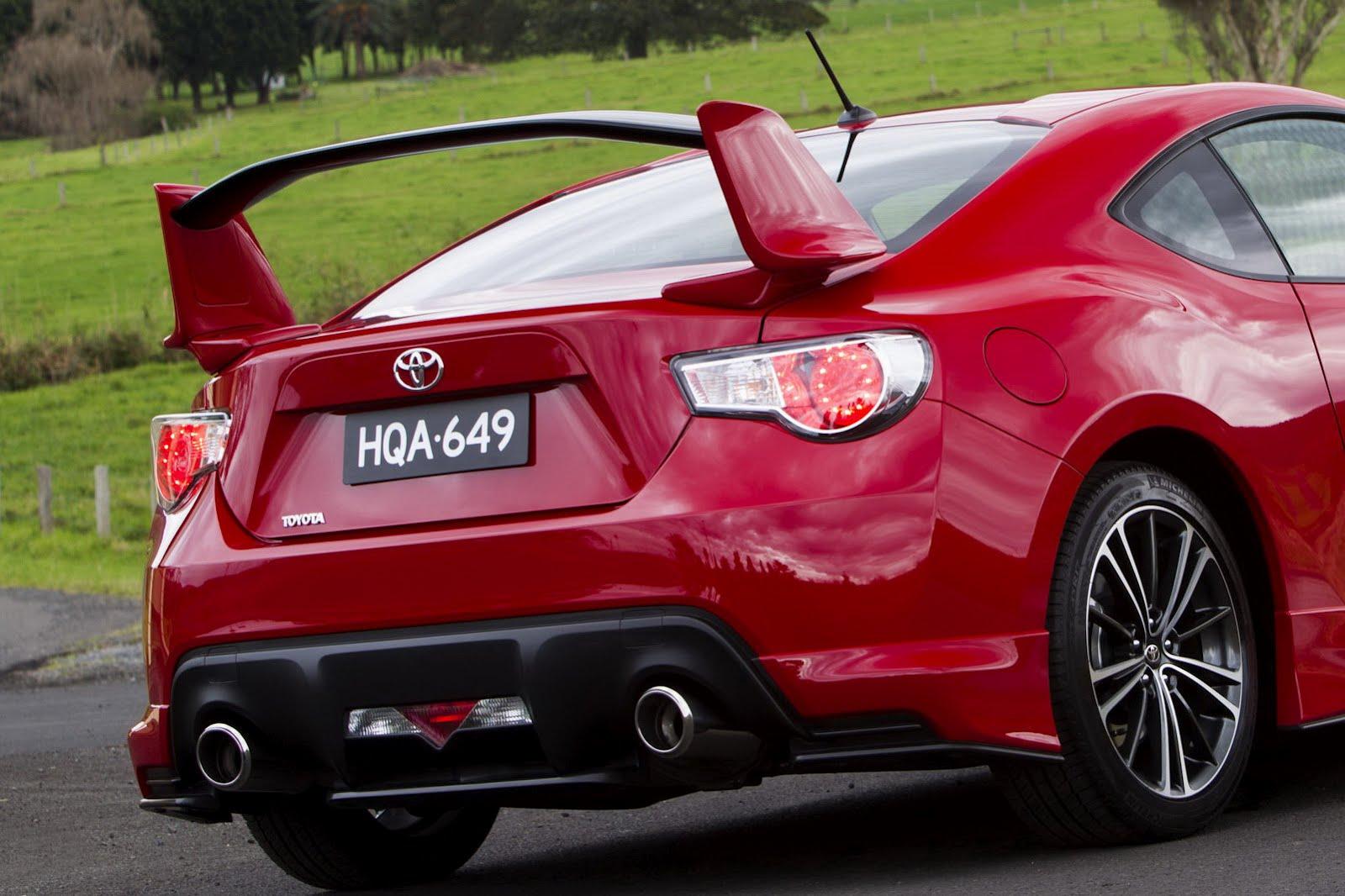 2012-Toyota-GT-86-Aero-Package-6.jpg?imgmax=1800
