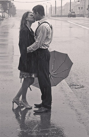 Kiss_under_a_rain2_by_yd84
