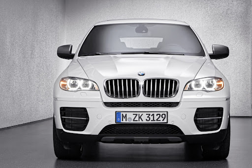 BMW-X6-M50d-06.jpg