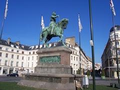 2011.10.16-001 statue de Jeaane d'Arc