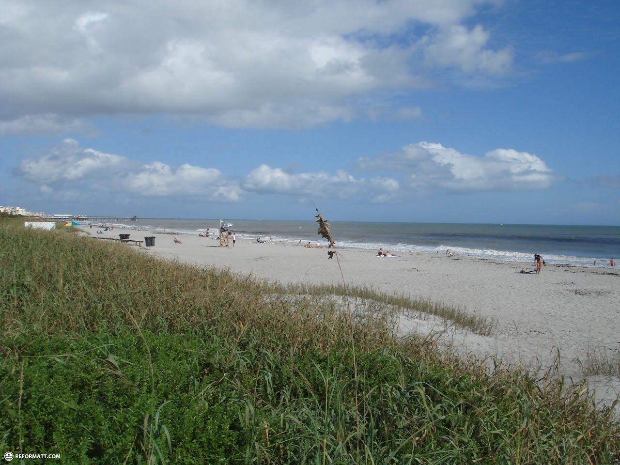 Cocoa beach is a beautiful american beach town in florida for Cheap vacation spots in usa