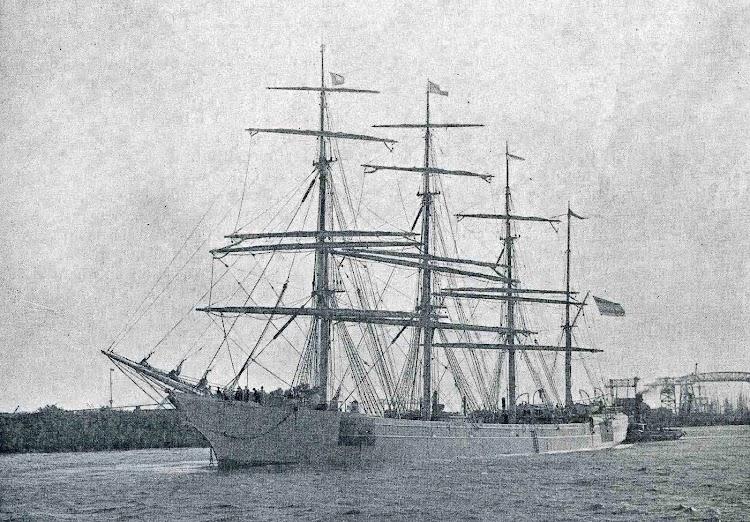 Fragata CISNEROS. De la compañía Gasoliba y Alvargonzalez. Foto de la revista CATALUNYA MARITIMA. 1920.jpg