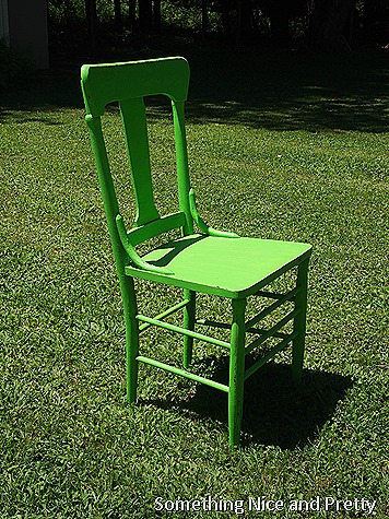 green chair 006
