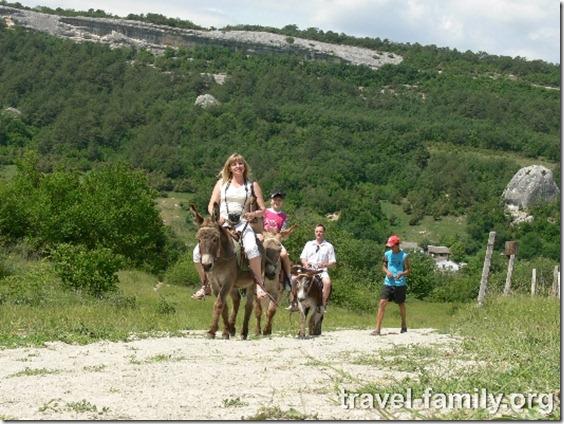Наша семья в Крыму на ослиной ферме