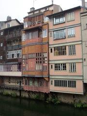 2009.05.23-008 maisons sur l'Agout
