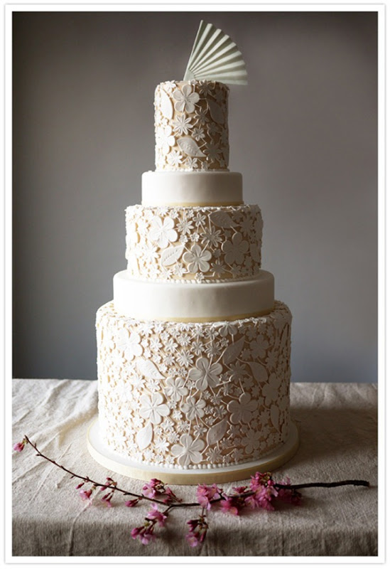 100layercake lace-wedding-cake