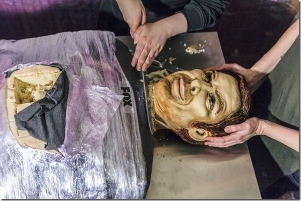 Dexter ganha bolo em tamanho real por última temporada (5)