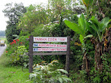 Pangulubao - entrance to Taman Eden 100 from the road (Andy Dean, February 2010)