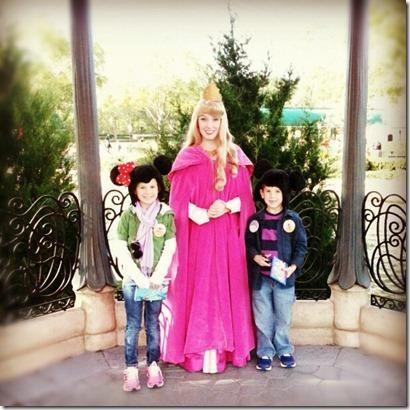 2012-12-30 5 Emma, Princess Aurora, Camden