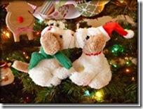 11 Jan Bryson Christmas-Puppies_thumb[1]