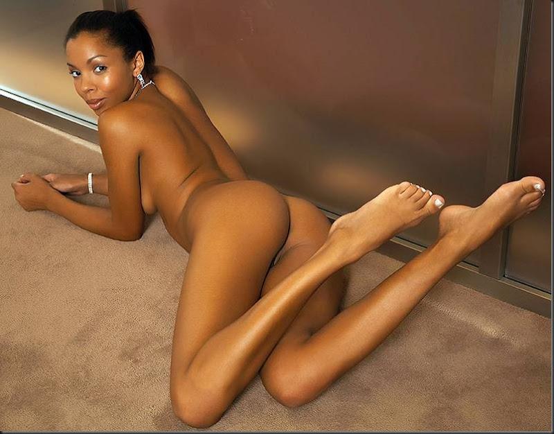 beleza-negra-mulher-pelada-nua-buceta-pussy-0604