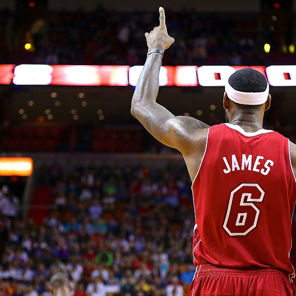 LeBron Named 2013 Male Athlete of the Year by Associated Press