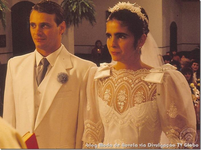 moda da novela o dono do mundo -  vestido de noiva da márcia
