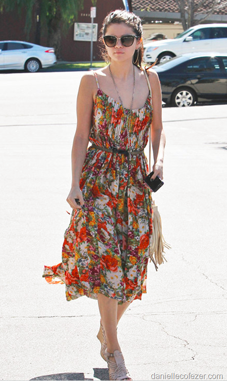 Dress is elegant beautiful woman 1