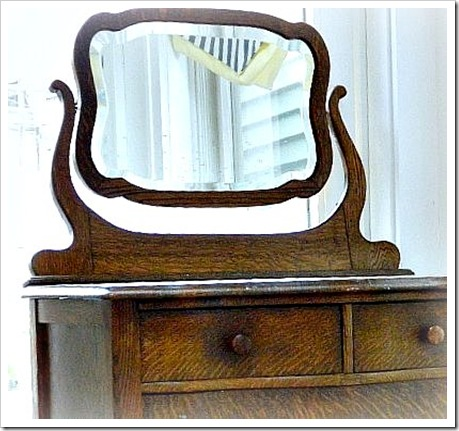 Craigs List Chest Mirror for Blog (550x413)-1 (2)