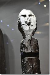 07-27 051 musee regional baton chamane